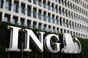 Le bénéfice net d'ING plonge au deuxième trimestre)