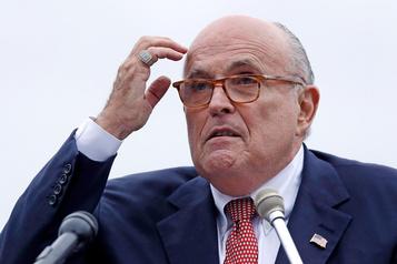 En pleine enquête de destitution, Rudy Giuliani se rend à Kiev
