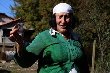 Albanie Le raki, une potion presque magique)
