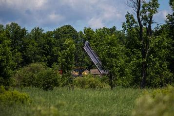 Déversements sauvages: Montréal pourrait créer des dépôts de sols contaminés