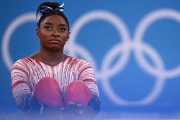 Gymnastique «J'aurais dû abandonner bien avant Tokyo», confie Simone Biles)