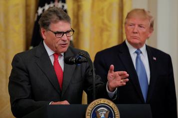 Trump annonce le départ de son secrétaire à l'Énergie Rick Perry