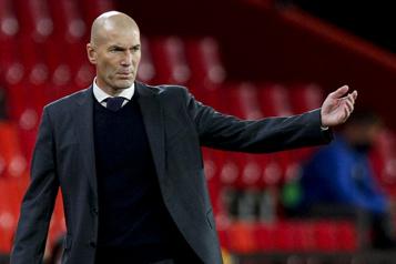 Real Madrid Zidane quittera son poste d'entraîneur, selon la presse espagnole)
