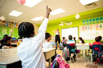 L'ajout de professionnels dans les écoles demeure insuffisant