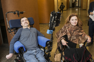 Deux Québécois lourdement handicapés pourront obtenir l'aide médicale à mourir