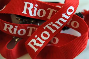 Legault blâme les libéraux pour le report de deux projets de Rio Tinto