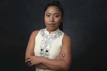 «Soyons solidaires», demande l'actrice Yalitza Aparicio)