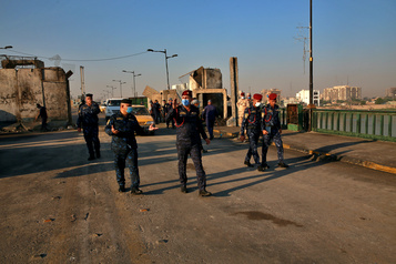 Une embuscade de l'EI fait neuf morts, dont six militaires)