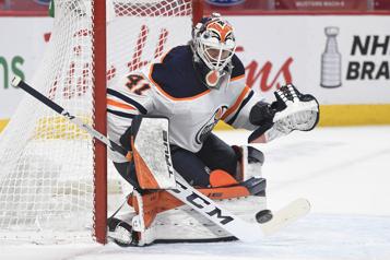 Oilers Le gardien Mike Smith obtient une prolongation de contrat)