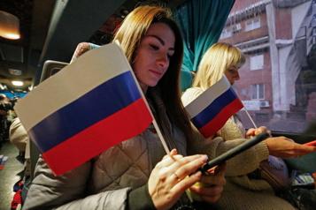 Kiev impose des sanctions pour des élections russes sur son territoire)