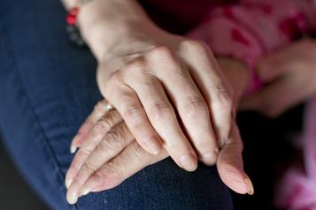 Soins à domicile Des personnes handicapées veulent une commission)