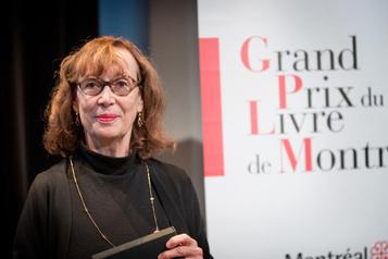 Carole David reçoit le Grand Prix du livre deMontréal