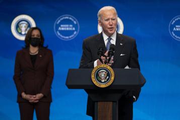 Aide économique d'urgence Biden prévoit 2semaines de plus pour les négociations sur son plan)