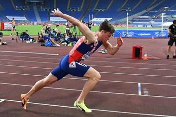Athlétisme: gros chrono, mais pas de record du monde pour Warholm à Rome)