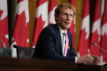 Escalade de violence en Nouvelle-Écosse Le ministre Miller critique le travail de la GRC)