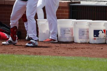 La saison du baseball majeur s'amorcera le 23 juillet)
