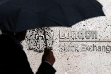 Les Bourses européennes stables avant la Banque d'Angleterre)