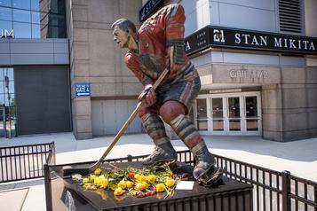 La légende des Blackhawks Stan Mikita souffrait de l'ETC