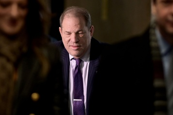 Procès Weinstein: le jury veut revoir un témoignage