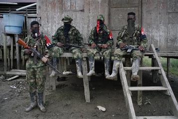 Colombie: fuite de 2200 civils par peur d'affrontements entre guérilla et narcos