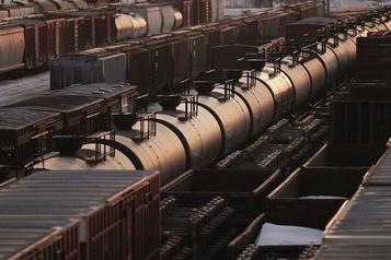 Incertitudes sur la demande: le pétrole en baisse