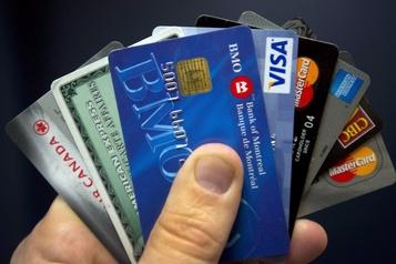 Cartes de crédit : moins de paiements en mai et juin)