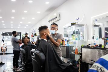 Incursion dans les barber shops de Montréal La thérapie par les cheveux