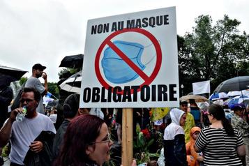 Manifestants anti-masque obligatoire: pas d'amende en vue, dit Guilbault)