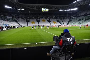 Le soccer italien reprend le 20juin et songe à autoriser des spectateurs)