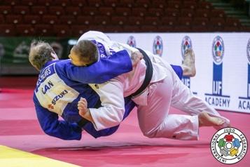 Mondiaux de judo Marc Deschênes est surpris à son premier combat)