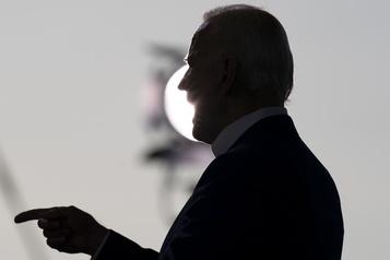Facebook et Twitter accusés d'avoir bloqué un article controversé sur Biden)