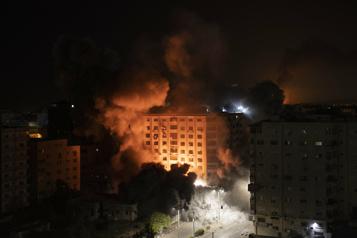 Des raids musclés d'Israël sur Gaza après des barrages de roquettes)