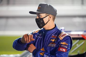 NASCAR Raphaël Lessard troisième à Bristol)