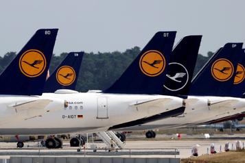 Lufthansa enregistre un nouveau trimestre de perte en milliard)
