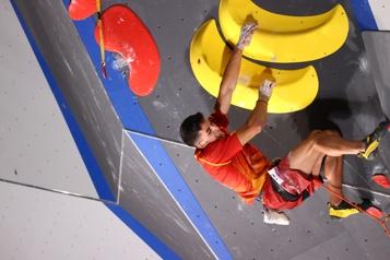 Escalade Alberto Gines Lopez couronné premier champion olympique de l'histoire )