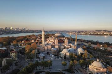 Reconversion de Sainte-Sophie: malgré les critiques, Erdogan persiste et signe )