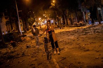 Catalogne: plus de 180blessés, nouvelle manifestation en vue