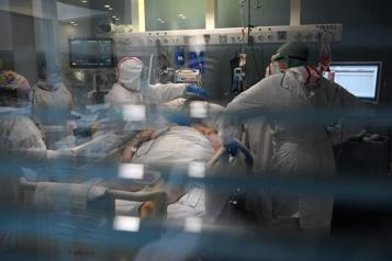 COVID-19 En Espagne, les hôpitaux paient cher les fêtes de Noël)
