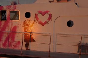 Banksy au secours des migrants)