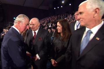 Buckingham nie que le prince Charles ait snobé Mike Pence en Israël
