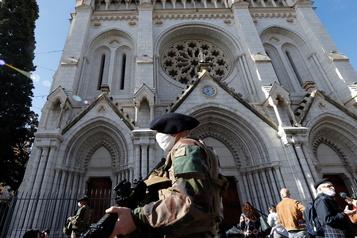 Attentat de Nice La France renforce ses mesures de sécurité)