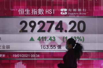 Les Bourses asiatiques s'envolent)