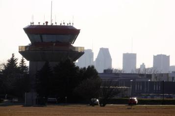 Aéroport de Saint-Hubert a l'ambition de devenir le numéro2 de Montréal )