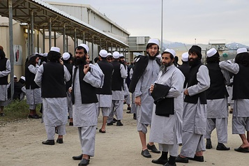 Afghanistan: un cessez-le-feu et des progrès dans le processus de paix)