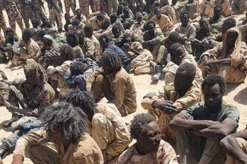 Tchad Idriss Déby réélu président, son armée assure avoir tué 300rebelles)