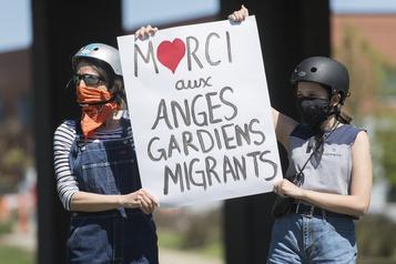 Les anges gardiens réitèrent leur demande d'asile)