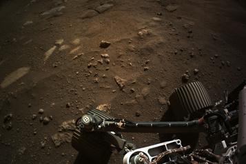 La NASA publie une photo panoramique de Mars prise par Perseverance)