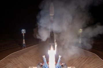 Internet spatial: lancement de 36 satellites britanniques