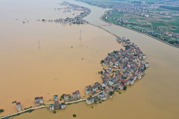 Inondations en Chine: 140 morts ou disparus, Wuhan menacée)