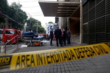 Nouvel incendie tragique à Rio: 11 morts dans un hôpital